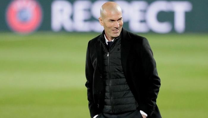 """زيدان يمزق """"بطاقة الحجج"""" قبل مواجهة ريال مدريد ضد ليفربول"""