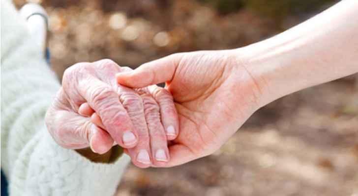 دراسة: هل تعيد الدماء الشابة لكبار السن شبابهم؟