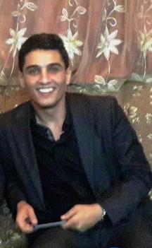 """عساف في غزة  بعد رفض والديه الانتقال للعيش في دبي """" صور """""""