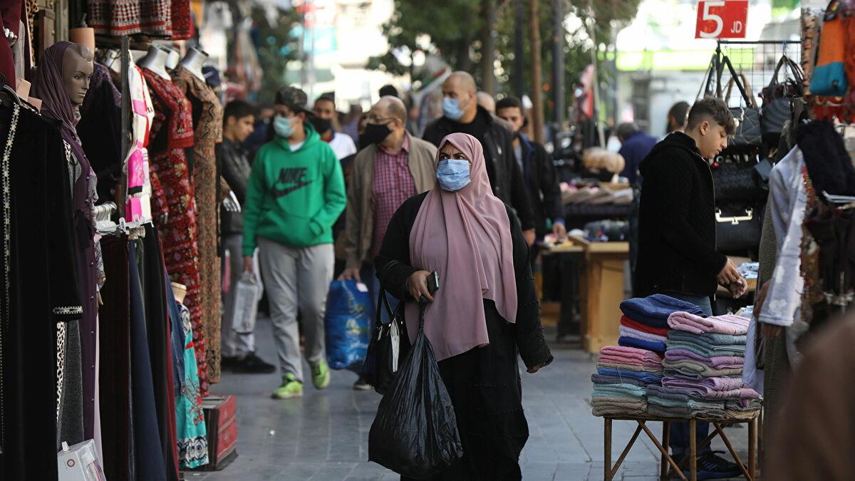 نشاط تجاري ملحوظ وتحريك عجلة الاقتصاد بعد الغاء حظر الجمعة