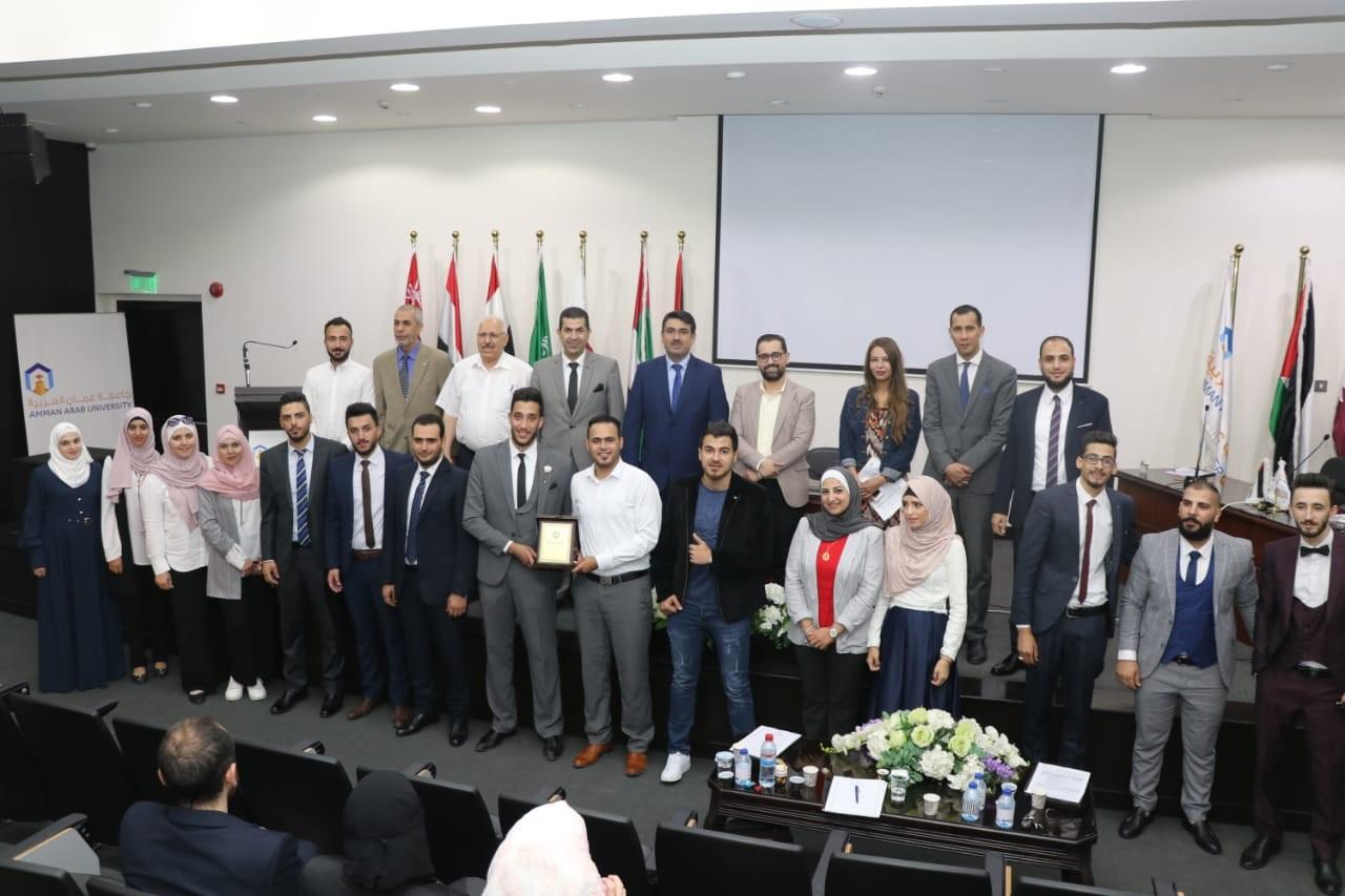 """مناقشة مشاريع تخرج ريادية في """"عمان العربية"""" تمثل نواة لشركات ناشئة"""
