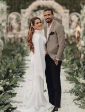 شيما صابر تهدد بعد الهجوم على صورة رومنسية مع زوجها