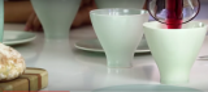 بالفيديو: شركة تقدم أكواباً مصنوعة من رماد الأشخاص الذين تحبهم
