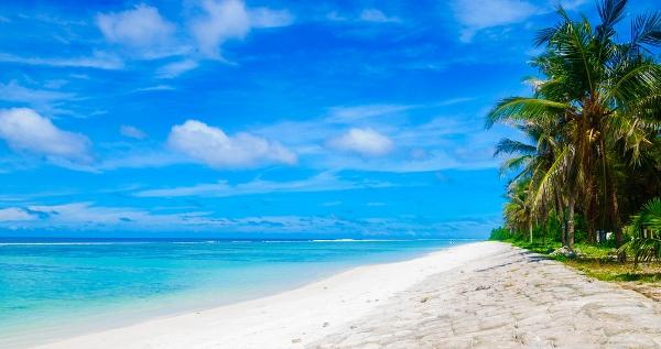 بالصور  ..  تعرف على تكلفة السفر إلى جزر المالديف