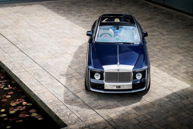 بالصور ..  13 مليون دولار للسيارة الأغلى في العالم