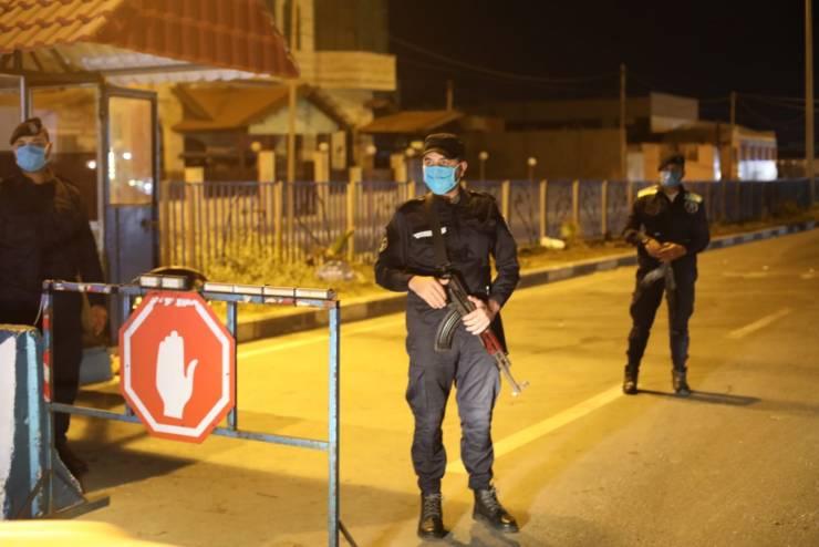غزة: اغلاق شامل يوميا من اذان المغرب حتى اذان الفجر