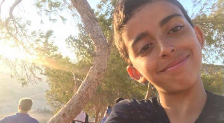 """والدة الطفل علي الدرّاس المتوفى بمدينة الألعاب: """"عيدك هنالك أجمل يا صغيري وعيدنا هنا حزين"""""""