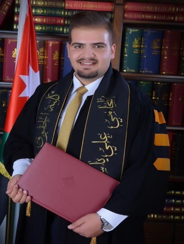 علي ياسر الخوالدة  ..  مبارك التخرج