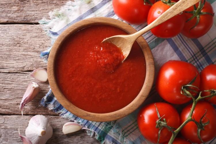 طريقة عمل صلصة الطماطم الجاهزة