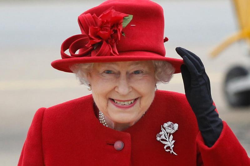 6 أسرار عن خزانة ثياب الملكة إليزابيث الثانية