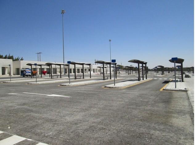 المجمع الجديد في الكرك بلا حافلات بعد عام من افتتاحه
