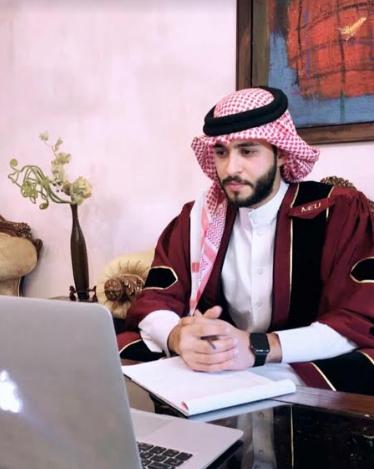 """جامعة الشرق الأوسط تحتضن مشروع تخرج يناقش سيرة الراحل الإعلامي """"نايف المعاني"""""""