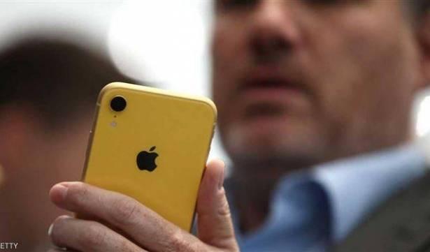 """لهذه الأسباب .. لا تتسرع بشراء هاتف جديد وانتظر """"آيفون"""" الرخيص"""