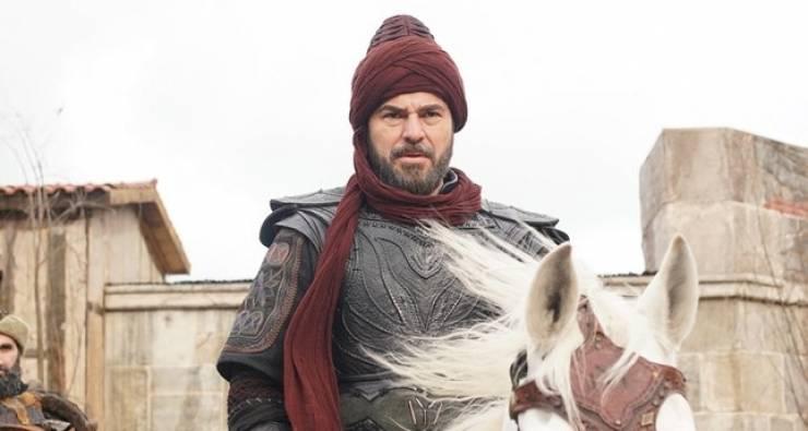 بطل 'قيامة أرطغرل' يقرر عدم المشاركة في أي مسلسل جديد