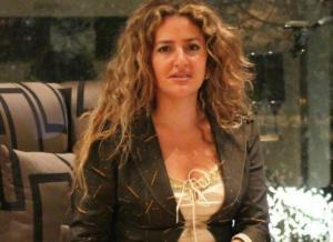 بالفيديو.. اللقطات الأولي لـ«ياسمين النرش» في سجن القناطر