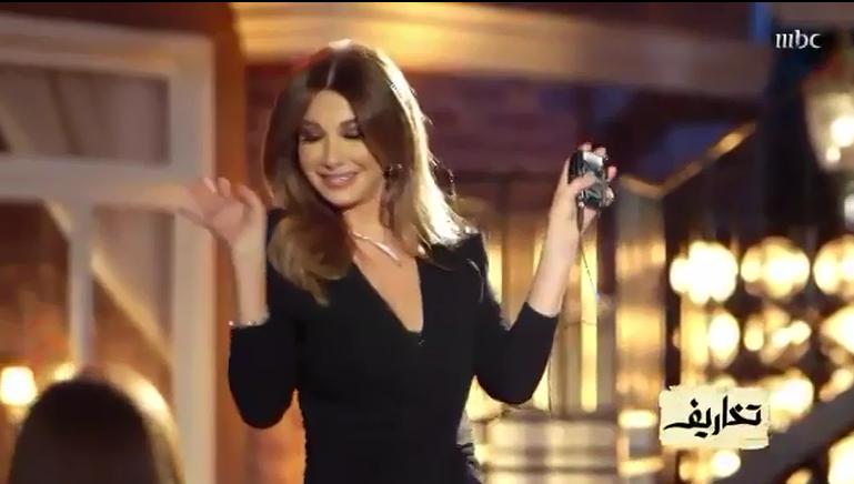 """بالفيديو: نانسي عجرم تشعل الأجواء بوصلة رقص على اغنية لـ""""هيفاء وهبي"""""""