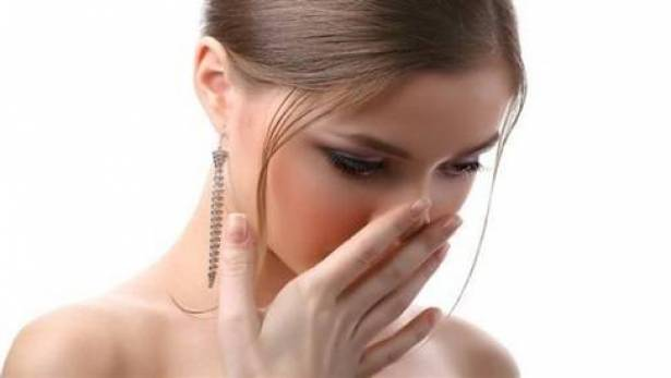 هذه الروائح في جسمكم تدلّ على الإصابة بأمراض خطيرة