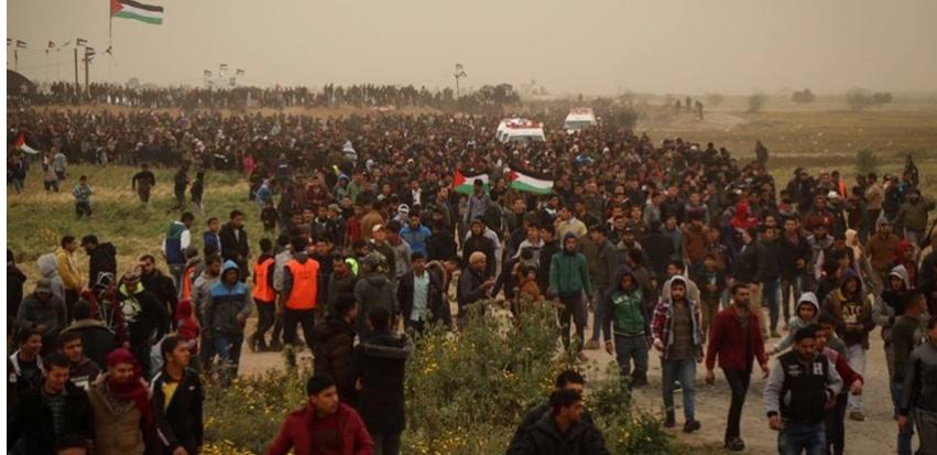 """شهيدان و112 إصابة في اعتداء الاحتلال على """"مليونية العودة"""""""