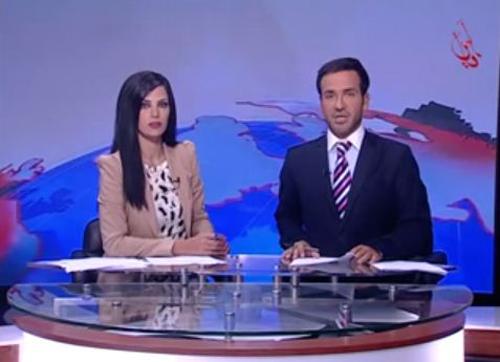 "فيديو... مذيع لبناني يضحك أثناء قراءته خبراً عن قصف ""حي جوبر""  بدمشق"