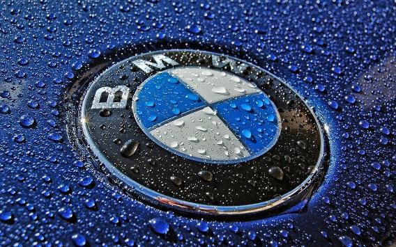 (BMW) تستدعي 139 ألف سيارة بالصين