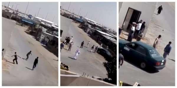 بالفيديو ..  مضاربة بالأيدي والعصي بين سودانيين وآسيويين بالسعودية