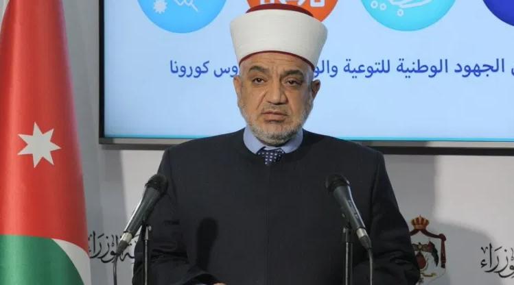 وزير الأوقاف: الخروج لأداء الصلوات أثناء الحظر الليلي يُعتبر خرقاً لأوامر الدفاع