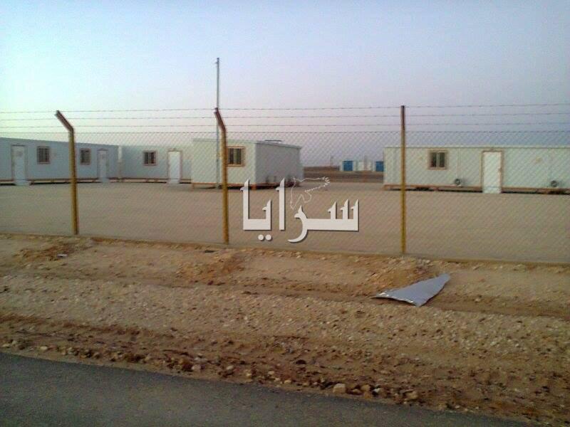 """بالصور  ..  """"سرايا"""" تكشف عن المدينة الغامضة في صحرائنا  ..  مدينة للاجئين أم مشروع للتوطين !"""
