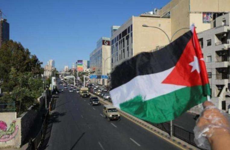 """%54 من الأردنيين تأثروا نفسياً بسبب كورونا و 77.3% تأقلموا مع الحظر """"الشامل و الجزئي"""""""