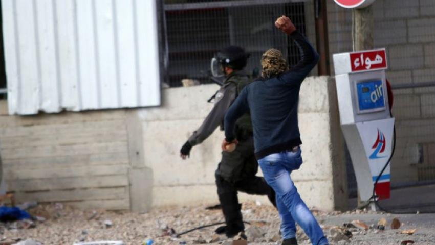 إصابة جندي من قوات الاحتلال بعملية طعن في القدس المحتلة