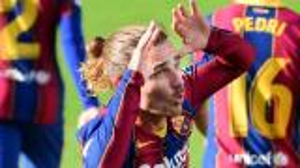 بالفيديو  ..  شاهد رقصة غريزمان بعد هدف صاروخي في مباراة برشلونة ضد أوساسونا