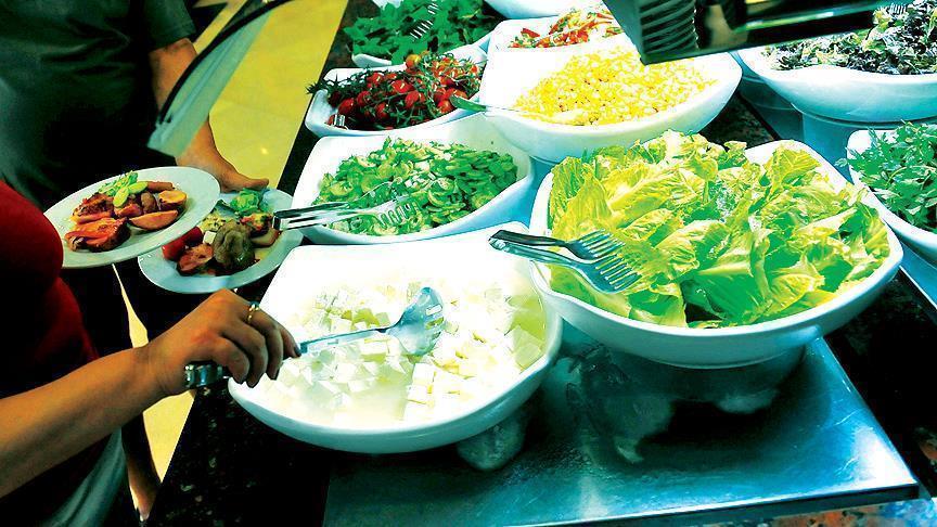 9 أضرار لتناول الطعام في ساعات متأخرة