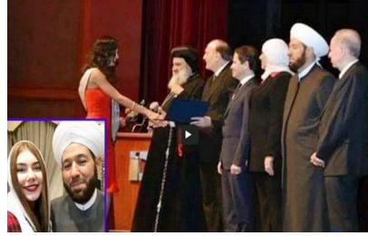 مفتي الاسد يشارك في تنصيب ملكة جمال سوريا