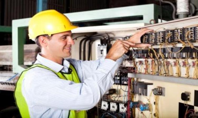 مطلوب مهندس امن و سلامة لكبرى الشركات الهندسية في الخليج