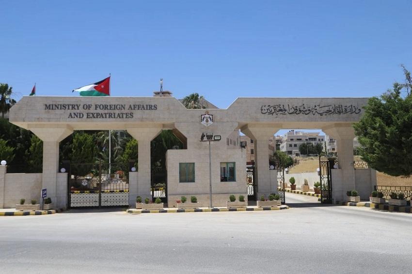 الخارجية : تأمين عودة 170 أردنيا من لبنان منذ انفجار بيروت
