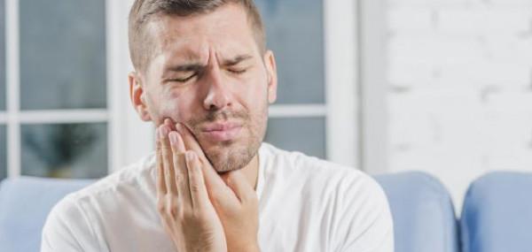 ما هي أسباب حساسية الأسنان ..  و كيف تحمي نفسك منها ؟