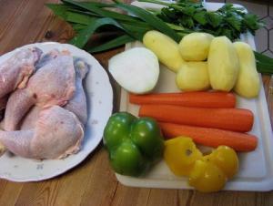 طريقة عمل وتحضير شوربة الخضار بالدجاج او اللحم