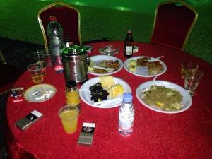 القبض على 28 شاباً وفتاة في حفلة ماجنة في تبوك