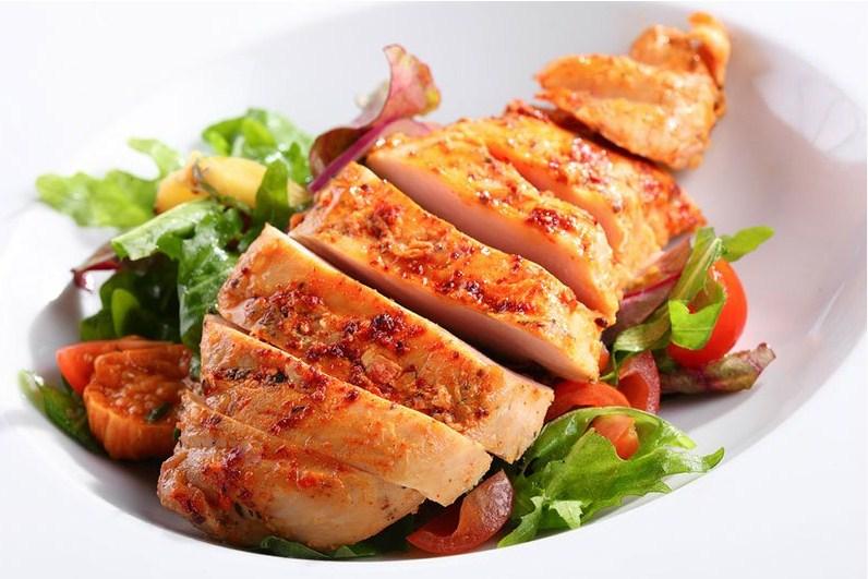 دجاج مشوي على الطريقة اليونانية