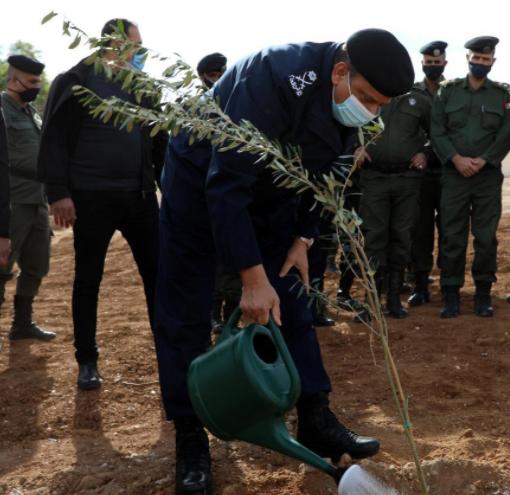 الأمن يطلق مبادرة لغرس 100 ألف شجرة