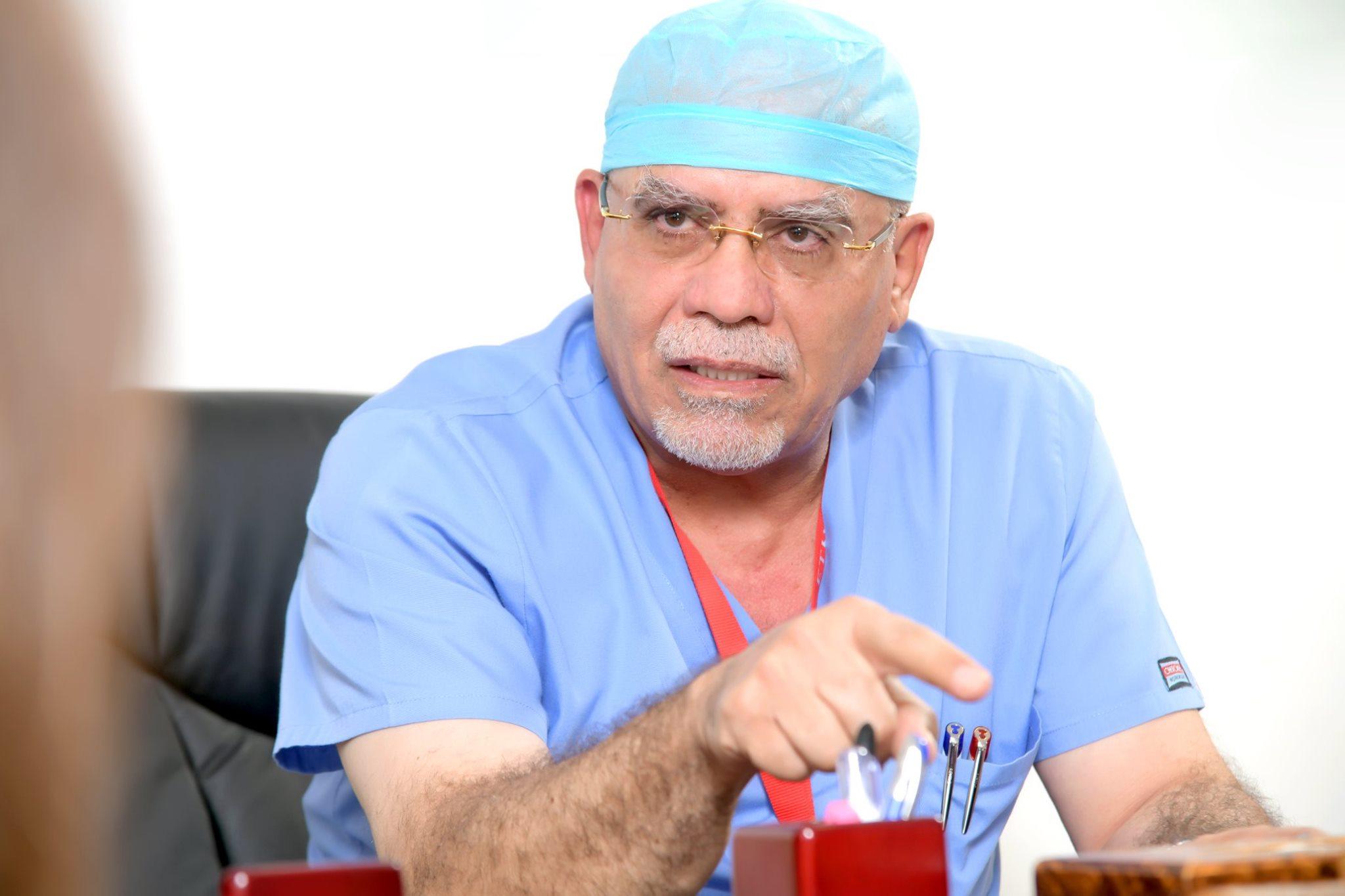 الدكتور محمد خريس قصة نجاح ابهرت العالم  ..  ومستشفى الكندي ثمرة نجاحه