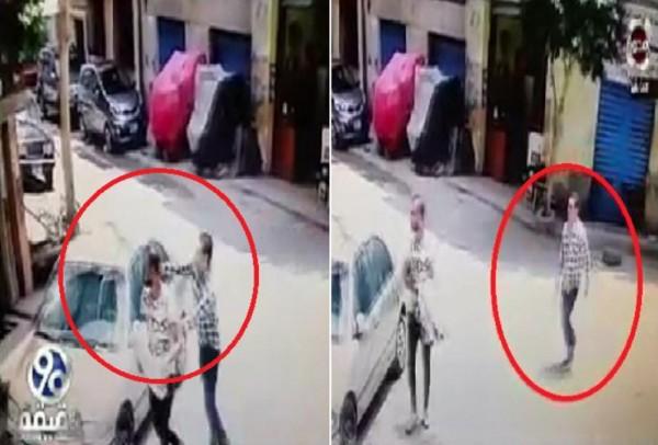 فيديو مروع .. لحظة ذبح شاب مصري على يد صديقه بوسط الشارع +18