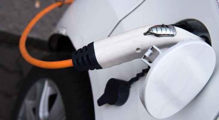 كل ما تود أن تعرفه عن شحن السيارات الكهربائية