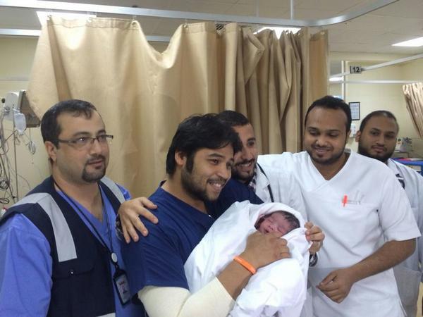 """العناية الإلهية تنقذ حاجة أردنية فاجأتها آلام الولادة.. وتهبها """"جوري"""""""