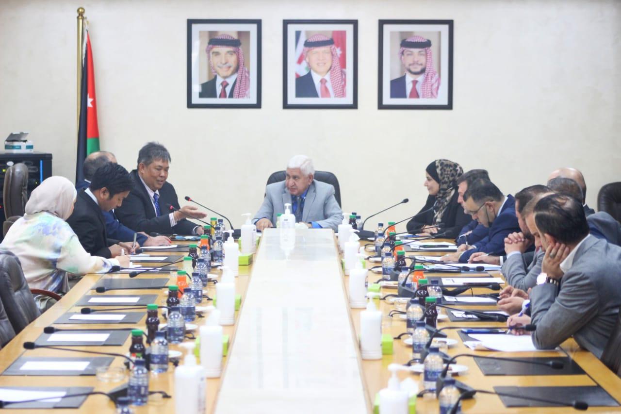 البرلمانية الأردنية مع آسيا تلتقي السفير التايلندي