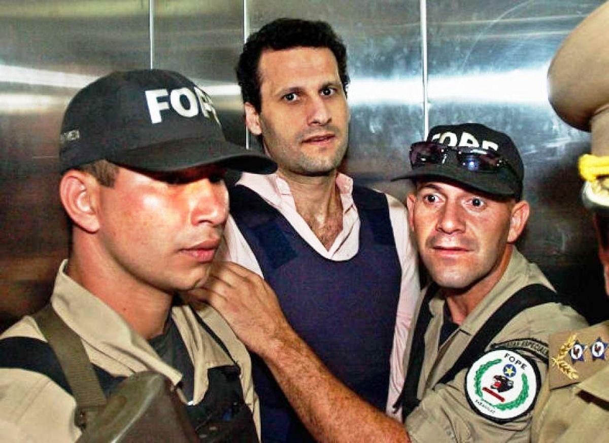 من هو أسعد بركات اكبر ممولي حزب الله الذي اعتقلته البرازيل و من أين جمع ثروته؟