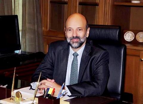 """""""عمر الرزاز"""" وزير قوي و رجل المهمات الصعبة"""