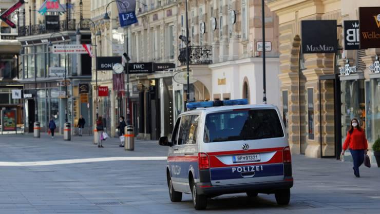 اعتقال امرأة قتلت بناتها الثلاث داخل شقة في فيينا