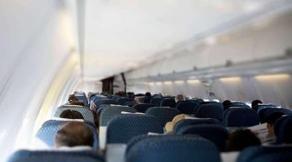 7 أسباب غريبة أدت إلى طرد مسافرين من الطائرة