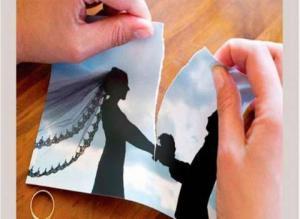 سيدة مصرية تخلع زوجها بعد 3 شهور زواج: مش رومانسي