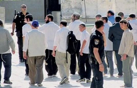 """الحكومة """"تطلب من السياح الاسرائيلين والزوار في معبر وادى عربة الحصول على تاشيرة"""